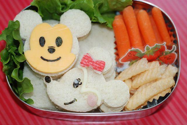 Mickey and Minnie Mouse Bento Box | Disney & Pixar | Pinterest