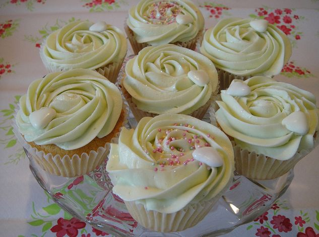 almond amaretto cupcake recipes | Amaretto Cupcake Ideas
