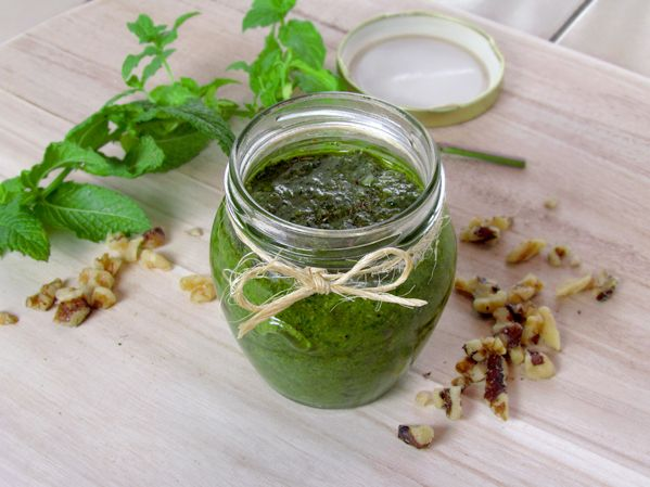 Basil and parsley pesto with walnuts | Recipes | Pinterest
