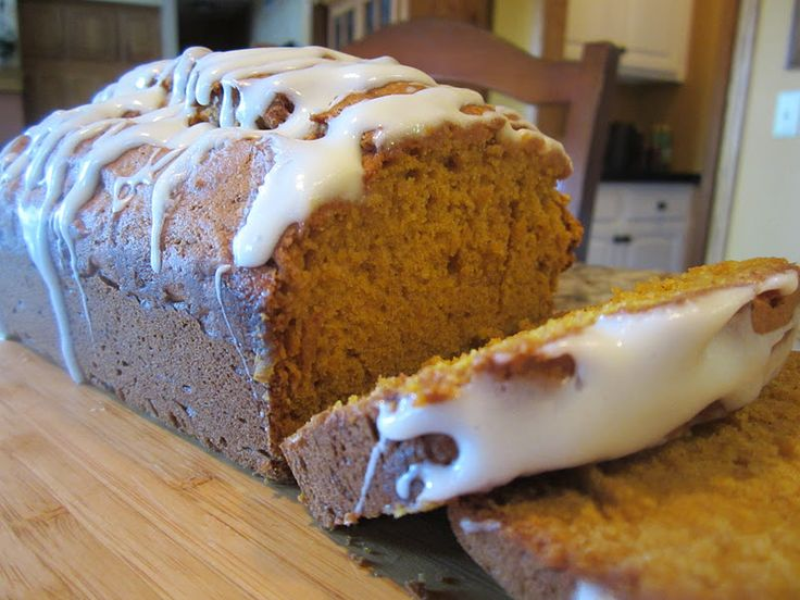 Pumpkin bread with cream cheese frosting | Breads | Pinterest