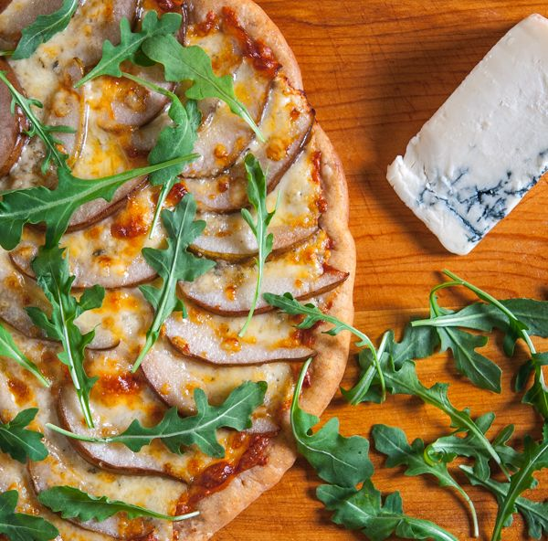 Pear and Gorgonzola Pizza by Southern Boy Dishes http://www ...