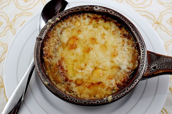 ... Free Magazine | Recipes - French Onion Soup with Crostini and Gruyere