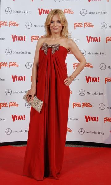 Simona Gherghe a purtat o rochie Maria Lucia Hohan la petrecerea Viva ...