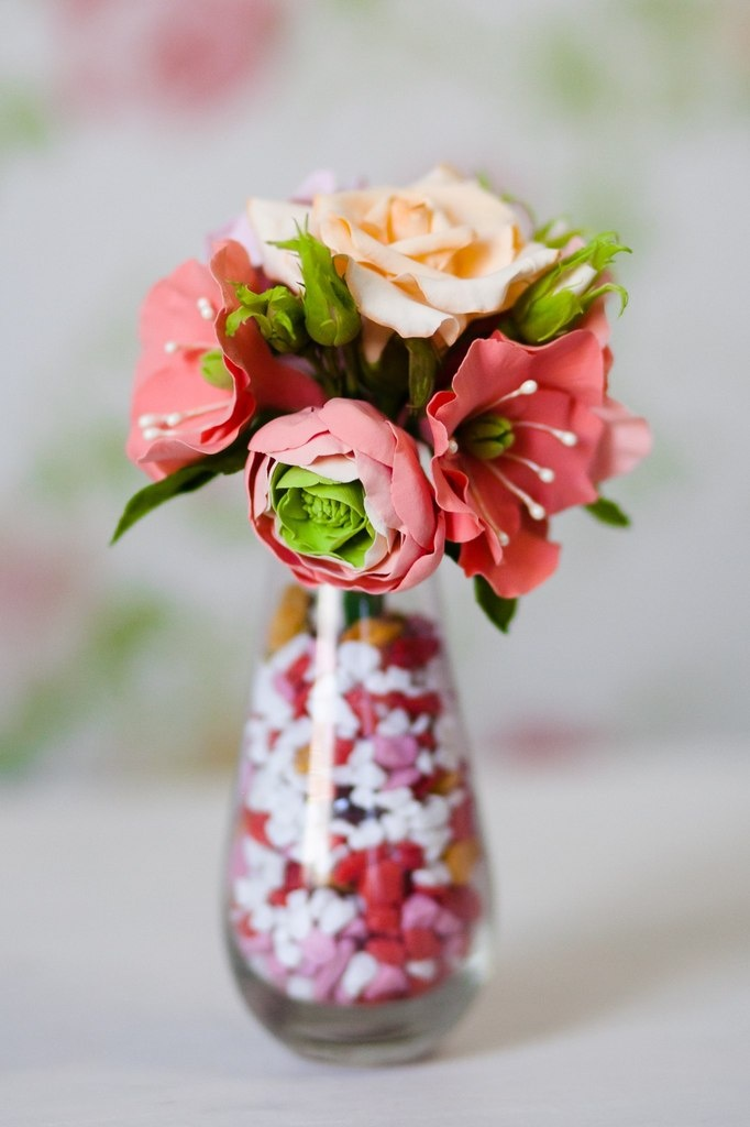 Of a flowers in pictures vase