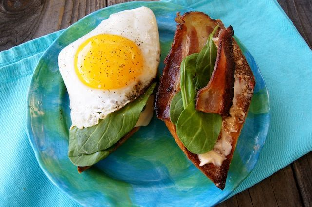 applewood smoked bacon, chipotle aioli, gruyere, arugula and fried egg ...