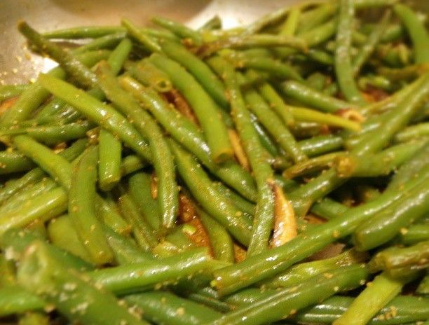 Smoked Pepper Green Beans With Shiitake Mushrooms #cleaneating http ...