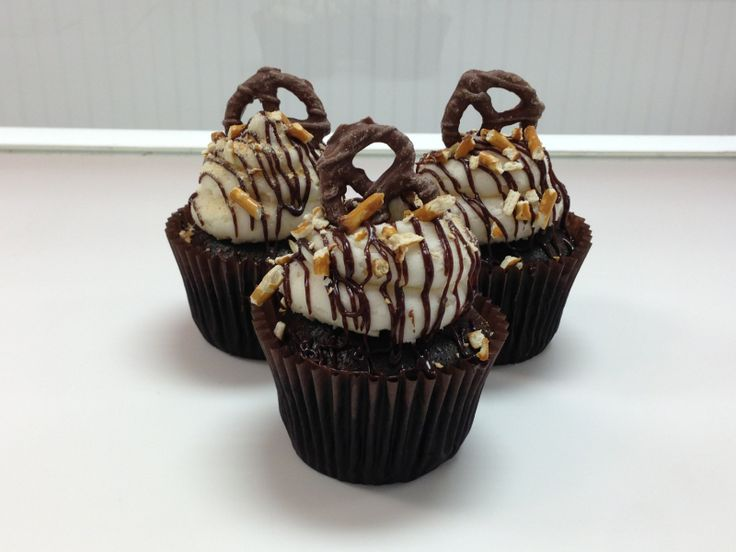 ... , chocolate drizzle, crushed pretzels and a chocolate covered pretzel
