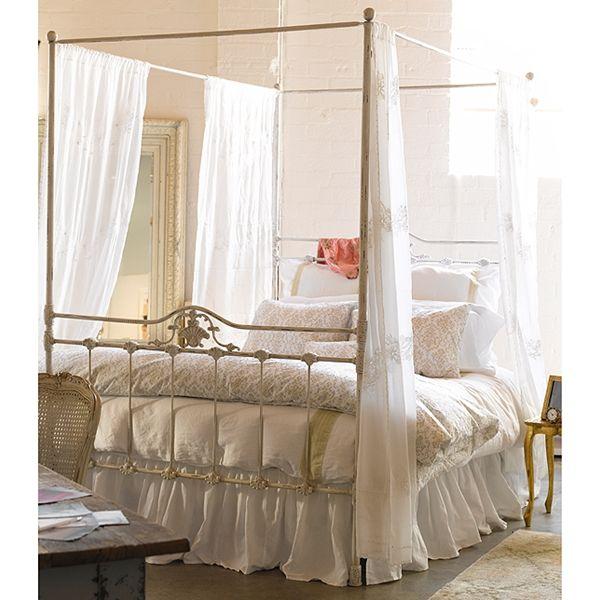 iron canopy bed primitive bedrooms pinterest