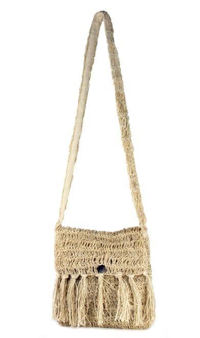 Washed thread Crocheted fringe flap bag. Handbags Pinterest