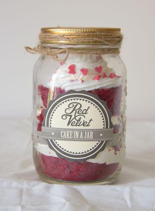 Oh Caro   DIY Lifestyle: DIY Red Velvet Cake in a Jar