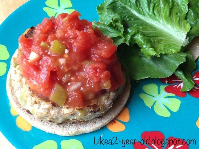 Living like a 2-year-old: WW and KK's Salsa Turkey Burger
