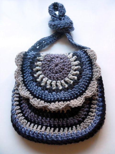 Small Bag Crochet Pattern : Flower-small bag - VMSom? KOPPA #crochet abb Pinterest