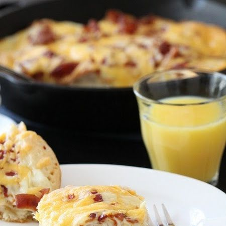 EASY CHEESY BACON BISCUIT PULL-APARTS | #Immafoodie | Pinterest
