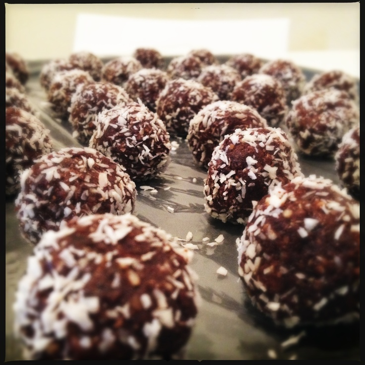 Date & Cocoa Truffles | Recipes to try | Pinterest