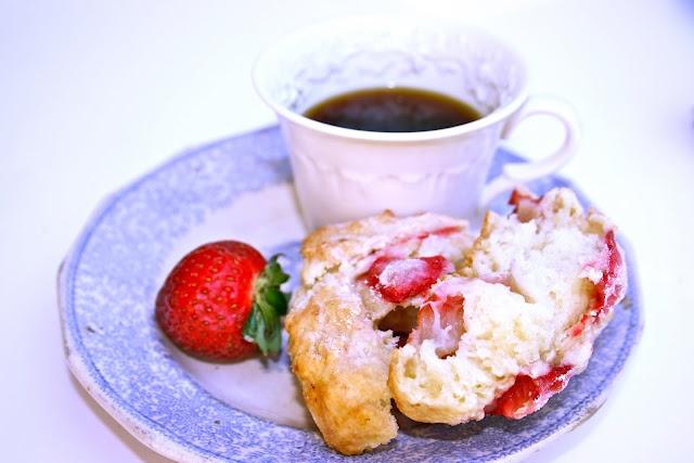 Fresh Strawberry Scones   What's For Breakfast   Pinterest
