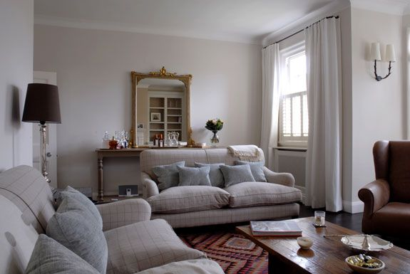 Get the look casual glamorous living room for Glamorous living room ideas