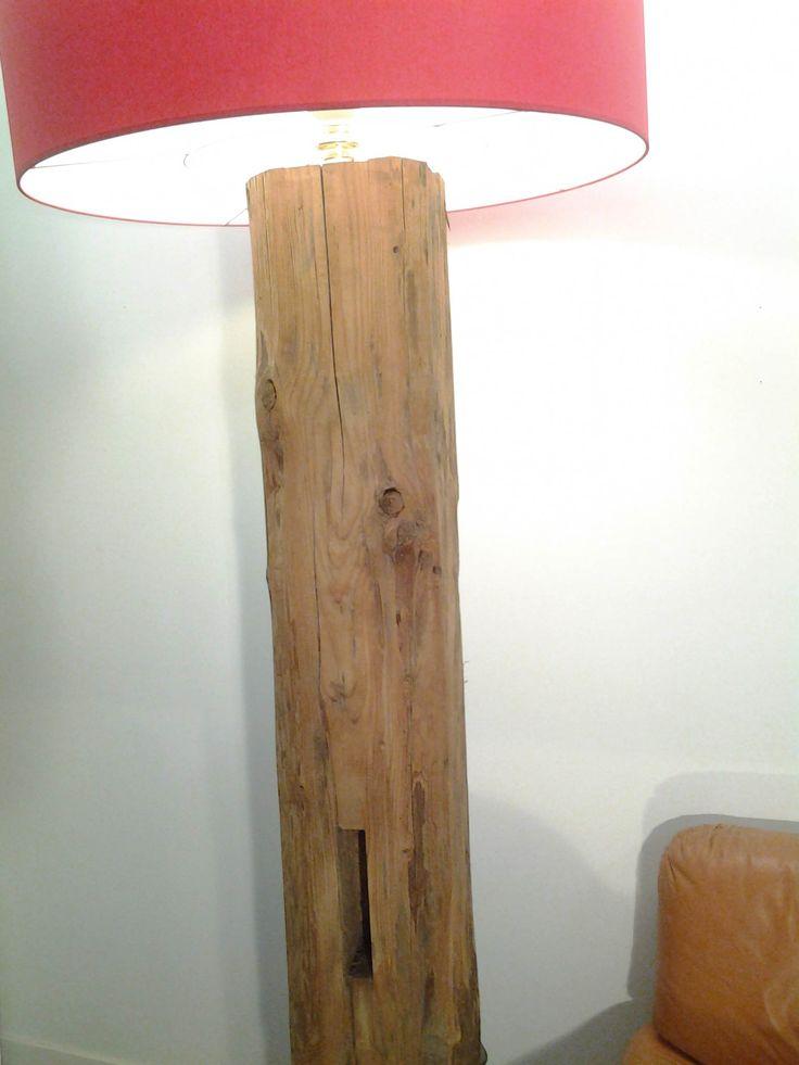 Lampe poutre charpente mobilier d coration bois brut - Decoration poutre ...