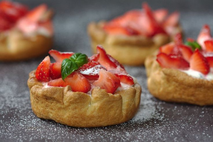strawberry-goat cheese tart | eztettem. a blog | Pinterest