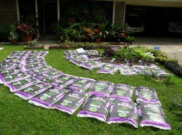Gardening in a bag ness pinterest for Bags of topsoil