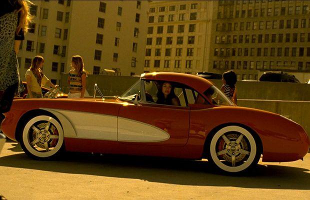 """Dans le clip de Justin Bieber """"Boyfriend"""" une magnifique Custom 1959-1960 Chevrolet Corvette"""