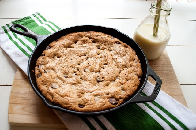 skillet-baked chocolate chip cookie | Cookies | Pinterest