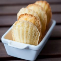 Classic French Madeleines...http://www.pinterest.com/moeche123/j-u-s-t ...