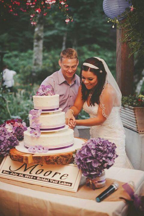 Cutting The Wedding Cake Cut The Cake Pinterest