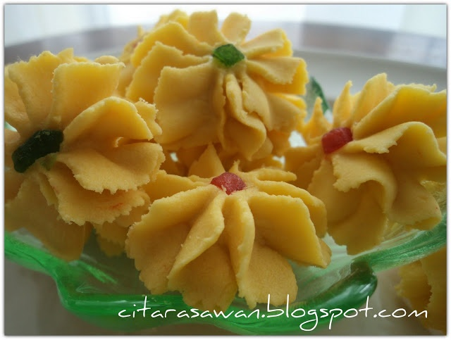 Recipes today - Dahlia Cookies / Biskut Bunga Dahlia