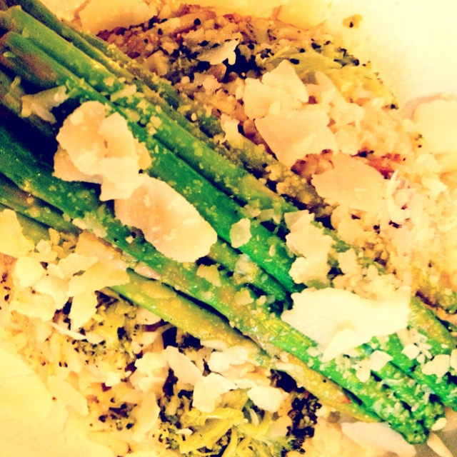 chicken amp broccoli brown rice served with sauté lemony asparagus