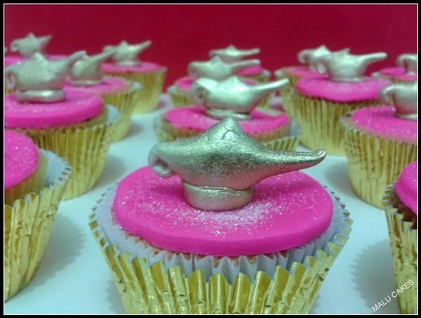 MALU CAKES - cakes e cupcakes: Aladin lamp cupcake / Cupcake Lâmpada de Aladin
