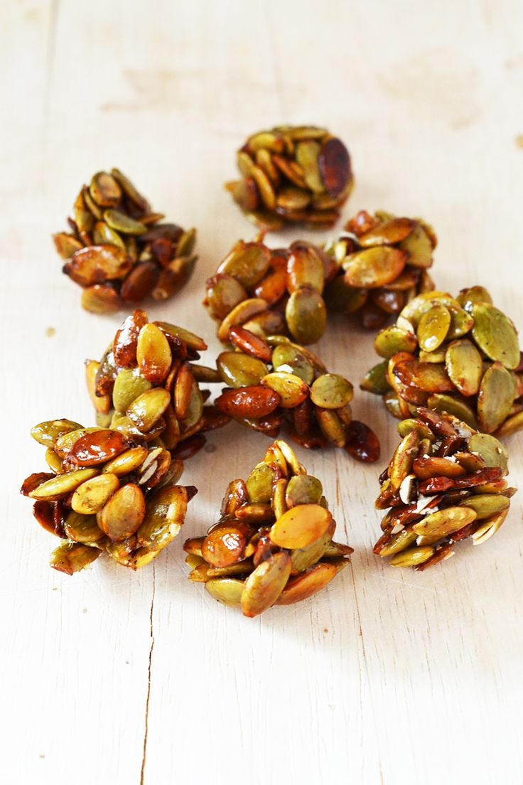 Vanilla Pumpkin Seed Clusters - 115g (1/2 cup) pumpkin seeds 1 tsp vanilla extract 2 tsp honey 2 tsp coconut sugar Water (boiled)
