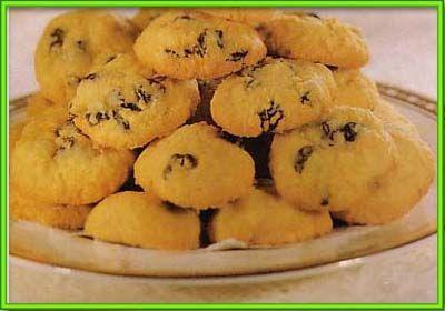 ... akar kelapa - http://nalaktak.com/berita/cara-membuat-kue-akar-kelapa