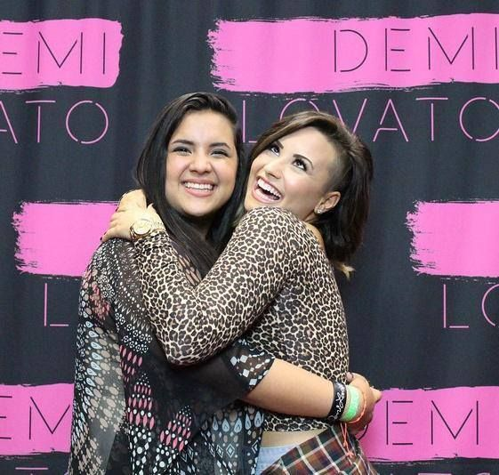 demi world tour meet and greet photos