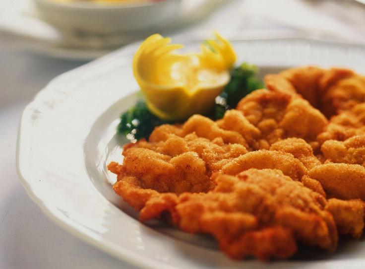 Wiener Schnitzel!!!! I love it! Wiener Schnitzel is my favorite food!
