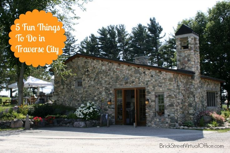 5 fun things to do in traverse city mi the mitten for Fun places to go in the city