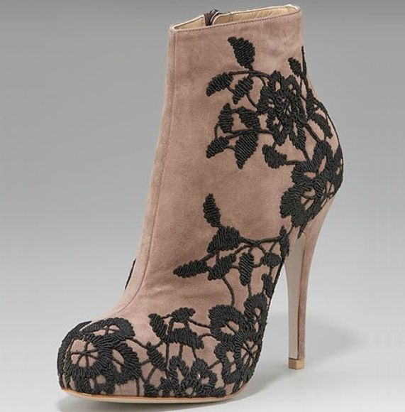 Valentino haute couture shoes pinterest for Haute couture shoes