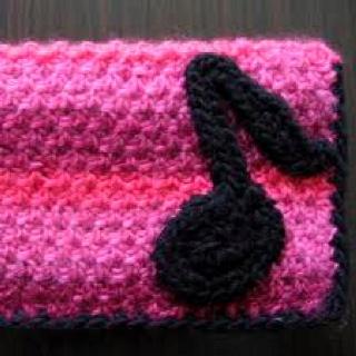 Crocheting Music : Crochet music note clutch Crochet Pinterest