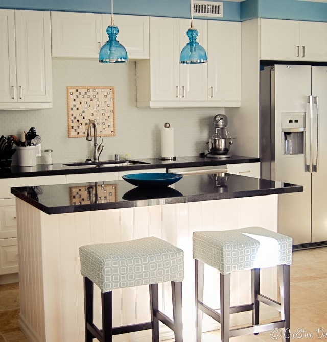 Blue Kitchen Accents: Blue Accent Kitchen
