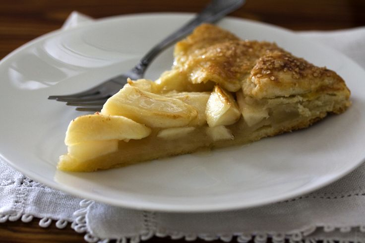 Apple Crostata With Cheddar Crust Recipe — Dishmaps