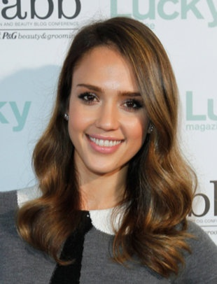 Top wavy hairstyles, like Jessica Alba's finger-styled waves