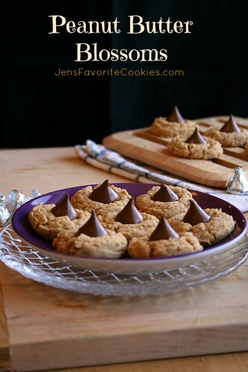 Yummy Peanut Butter Cookies (made today with natural peanut butter. No ...