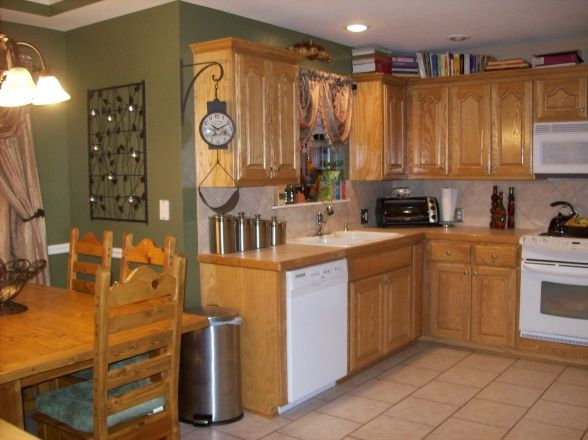 Pin by stephanie creech on slcreec pinterest - Burnt orange kitchen decor ...