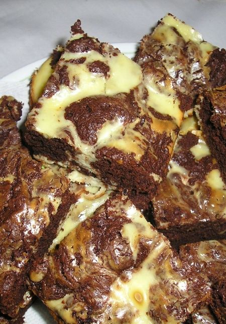 Cheesecake Swirl Brownies | sweet treats | Pinterest