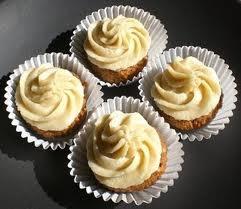 Raw vegan carrot cake cupcakes | Index Vegan Cupcakes TOTW | Pinterest