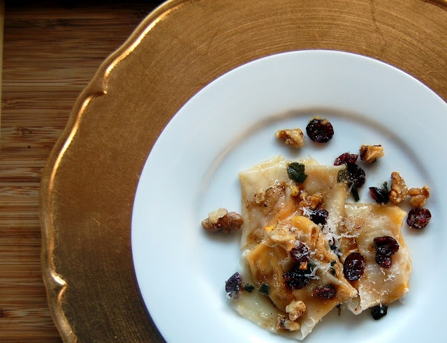 Butternut Squash Tortellini with Brown Butter Sauce - looks so good ...