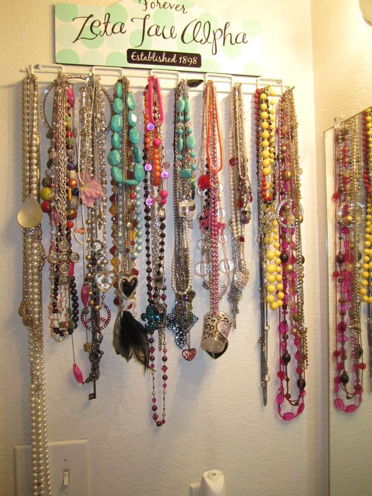 D-I-Y Belt rack to Necklace holder!