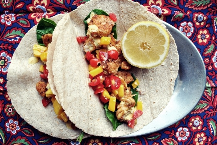 Pan-seared fish tacos with tomato-mango salsa + spicy aji amarillo ...