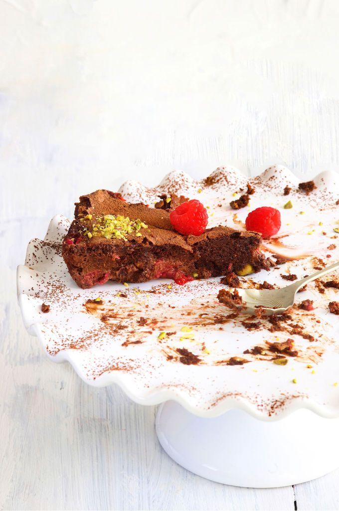 Chocolate, pistachio and raspberry torte. #chocolate #berries #summer ...