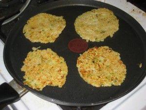 Cheesy Quinoa Zucchini Pancakes | Vegetarian Recipes | Pinterest