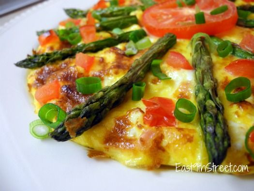 Asparagus, tomato and ham frittata - perfect for brunch or a weeknight ...